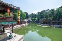 Pékin, Chine - 25 mai 2018 : Vue de palais d'été, un jardin impérial, où intègre de nombreux halls traditionnels et photographie stock libre de droits