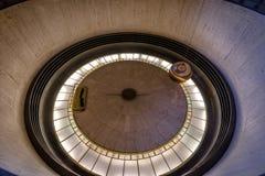 Péndulo de Foucault en Griffith Observatory - Los Ángeles, California, los E.E.U.U. fotos de archivo libres de regalías
