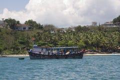 Péniche aménagée en habitation type au Vietnam Image stock
