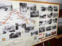 Péniche d'exposition à la célébration de 200 ans du canal de Leeds Liverpool chez Burnley Lancashire Image libre de droits