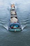 Péniche sur la Seine, Melun, France photographie stock libre de droits