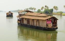 Péniches aménagées en habitation du Kerala Photo stock