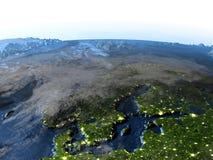 Péninsule scandinave sur terre la nuit - fond océanique évident Photo stock