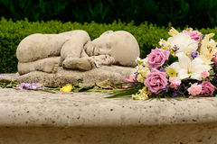 Pérdida del bebé - parto muerto y monumento de la caridad de la muerte de Nenonatal fotografía de archivo libre de regalías