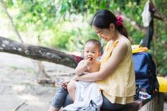 Période heureuse de bébé image stock