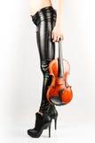 Pés bonitos do violinista Imagens de Stock Royalty Free