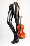 Pés bonitos do violinista Fotos de Stock Royalty Free