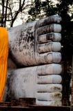 Pés da Buda de reclinação em Ang Thong Fotografia de Stock Royalty Free