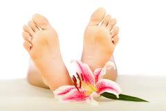 Limpe os pés da mulher imagem de stock royalty free