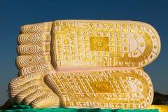Pés das Budas do pagode dourado de Bagan, Myanmar Foto de Stock Royalty Free