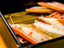 Pés de caranguejo grelhados da neve no restaurante japonês fotografia de stock royalty free