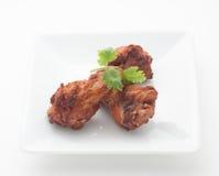 Pés de frango frito com folhas do aipo Imagens de Stock