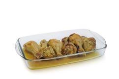 Pés de galinha cozidos na placa de vidro isolada no fundo branco Foto de Stock Royalty Free