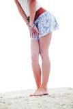 Pés de Womans na praia Imagens de Stock Royalty Free