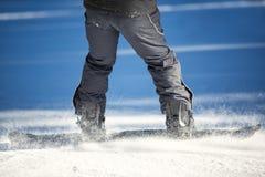 Pés do snowboarder Fotografia de Stock Royalty Free