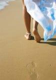 Pés em uma praia Imagem de Stock Royalty Free