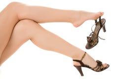 Pés longos com sandálias Imagens de Stock Royalty Free