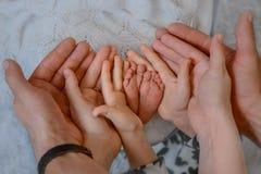 Pés recém-nascidos do bebê Imagem de Stock Royalty Free