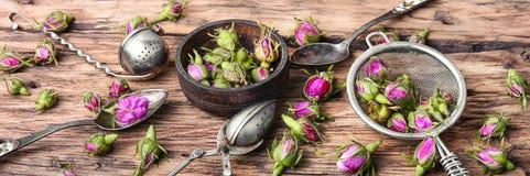 Pétales de thé-rose pour le thé Images stock