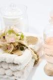 Pétrole et essuie-main de massage Image stock