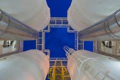 Pétrole et gaz traitant la plate-forme, processus de déshydratation pour éliminer l'humidité et l'hydrocarbure lourd hors du gaz Images stock