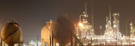 Pétrole-Raffinerie-centrale Photos libres de droits