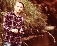 Pêche d'adolescent Image libre de droits