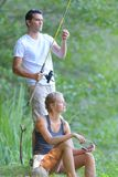 Pêche de couples d'histoire d'amour Images libres de droits