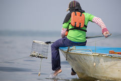 Pêche de crabe sur le lac Maracaibo, Venezuela photos stock