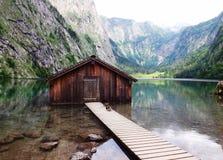 Pêche de la loge en Bavière chez Koenigssee Images stock