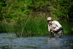 pêche de la mouche photographie stock libre de droits