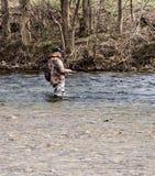 Pêche de truite photo libre de droits