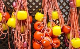 Pêche du filet de cordes avec des flotteurs Image stock