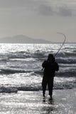 Pêche maritime de plage chez Harlech, Pays de Galles Image stock