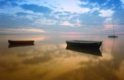 Pêche sur le lac Photographie stock libre de droits