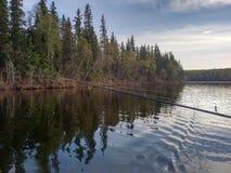 Pêche sur le lac Photo stock