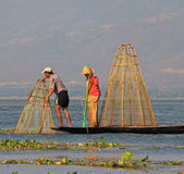 Pêche sur le lac Inle Image libre de droits