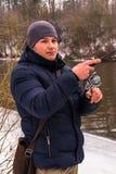 Pêche un hiver de rotation Images libres de droits