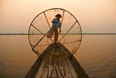 Pêcheur birman image libre de droits