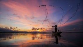 Pêcheur de lac Bangpra Image libre de droits