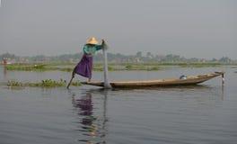 Pêcheur de lac Inle Photo stock