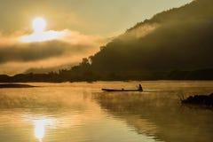Pêcheur de silhouette Images libres de droits