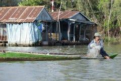 Pêcheur vietnamien, Doc. de Chau, Vietnam photos libres de droits