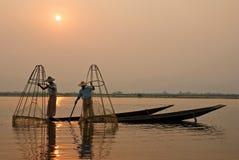 Pêcheurs birmans photographie stock libre de droits