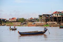 Pêcheurs cambodgiens image stock