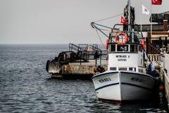 Pêcheurs de ville de Cinarcik Images stock