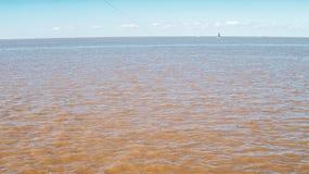 Pêcheurs près d'aéroport international de Jorge Newbery à Buenos Aires image libre de droits