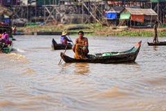 Pêcheurs, sève de Tonle, Cambodge photos stock