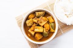 Pêchez la soupe aigre à organes, nourriture thaïlandaise du sud photos libres de droits
