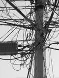 Pêle-mêle de fil électrique sur la puissance Polonais Photos libres de droits